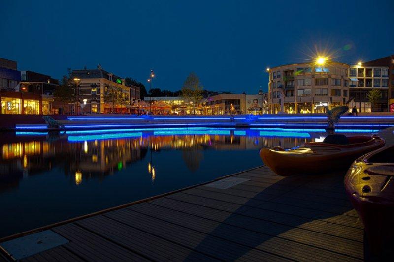 Met gebouwen uitlichten en lichtarchitectuur heeft het NLI bijgedragen aan het Centrumplan Almelo.
