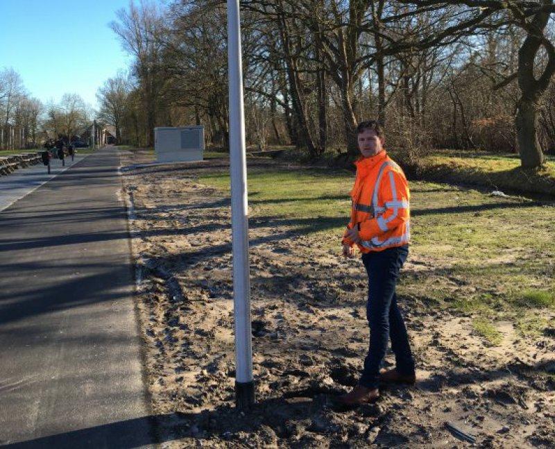Namens gemeenten verzorgt het NLI de directievoering bij de aanbesteding van projecten voor straatverlichting en openbare verlichting.